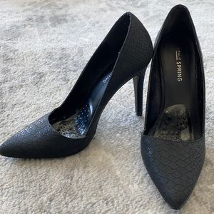 Call it Spring Black Pointed Toe Pumps